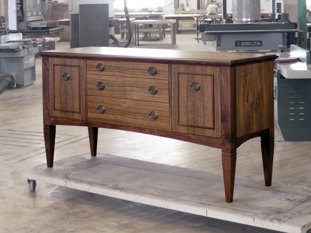 6′ Traditional Credenza – Thurston