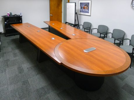 laminate videoconferencing table