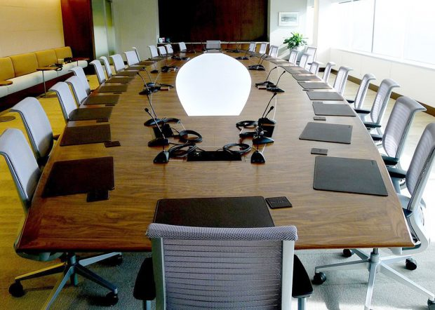 Endo Health Boat Shaped Conference Table