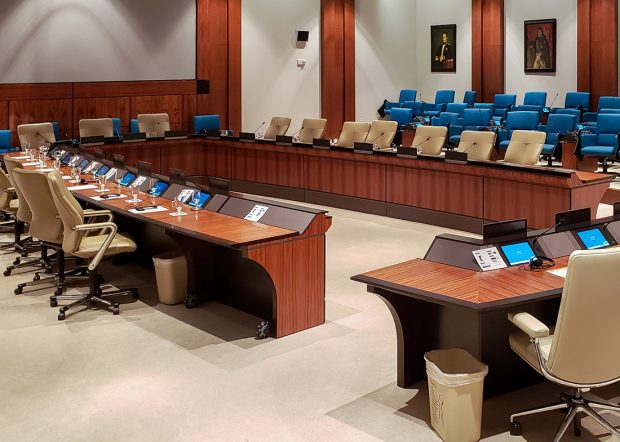 IADB Reconfigurable Large Conference Table