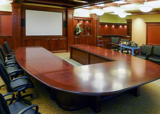 Sargento Ultra Grade U Shaped Conference Table
