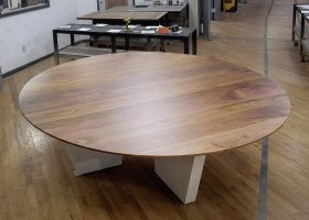 Zwilling Round Solid Wood Conference Table