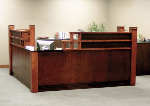 American Commercial Lines Office Reception Desk